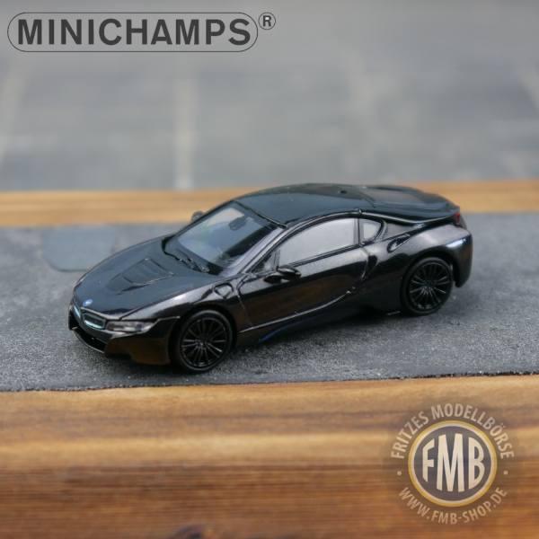 028222 - Minichamps - BMW i8 Coupe (2015) E-Mobility, grauschwarz metallic