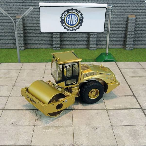 "K213Gold - Bomag BW 213 D-5 Walzenzug ""Gold Edition"""
