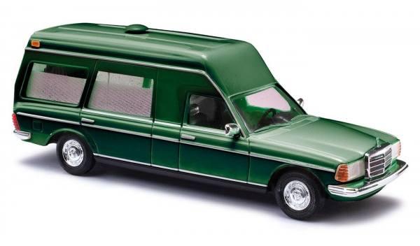 52202 - Busch - Mercedes-Benz VF 123 Miesen, grün - Baujahr 1977