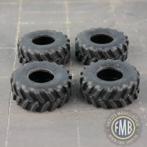 GM30 - Giftmodels - Reifen - Set für CLAAS Torion 1914