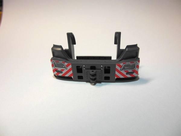 - Schwerlaststoßstange für MB Zugmaschinen, grau