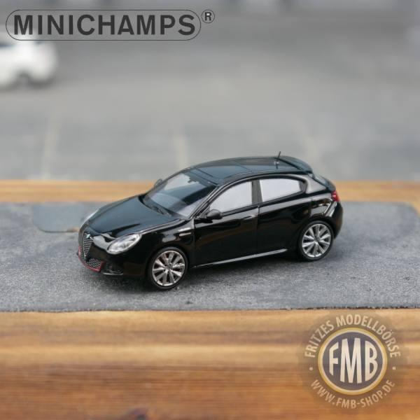120002 - Minichamps - Alfa Romeo Giulietta Veloce (2017), schwarz