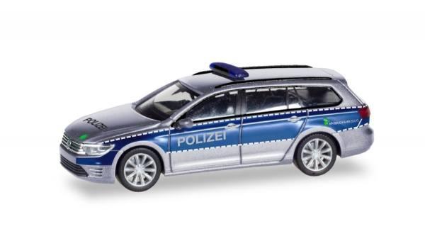 """093910 - Herpa - VW Passat Variant GTE Hybrid Funkstreifenwagen """"Polizei Hamburg"""""""