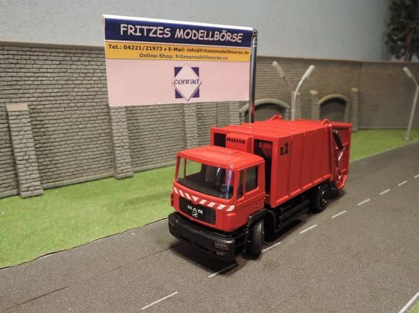 6139/02 - Conrad - MAN F2000 Müllfahrzeug Haller X2 rot