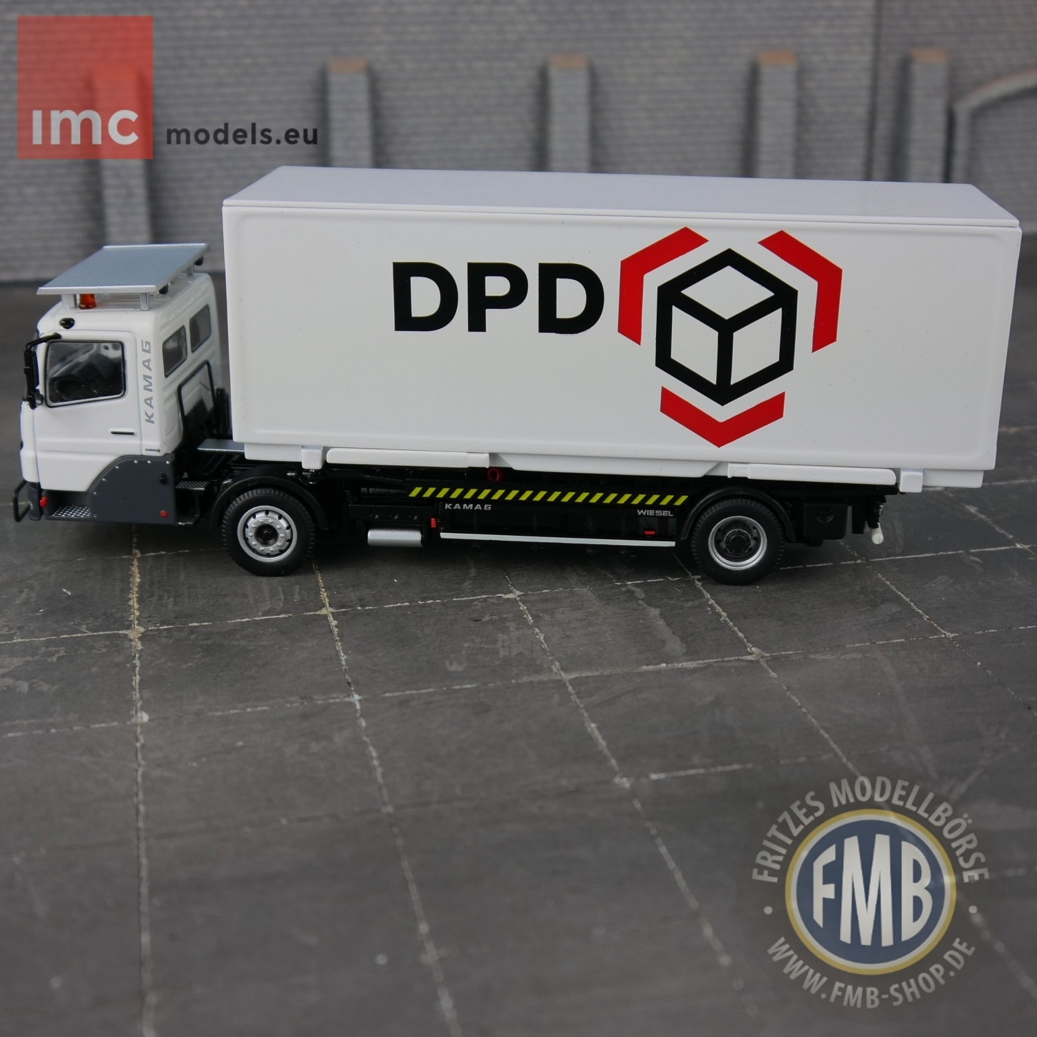 64214809 - KAMAG Wiesel Truck with KAMAG Container -DPD-