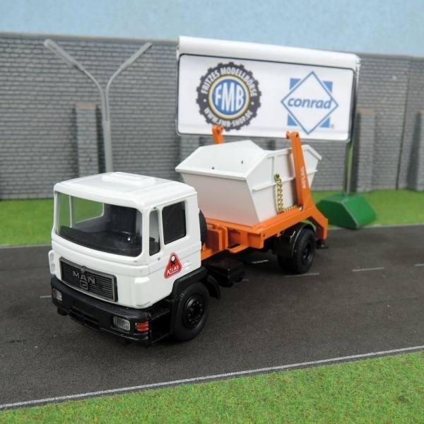 3267 - Conrad - MAN F90 Container Absetzer - Atlas