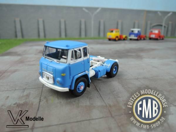 76012 - VK Modelle - Scania LB 7635 Solo-Zugmaschine, hellblau-weiß, Felge mit Trittkranz - 1:87