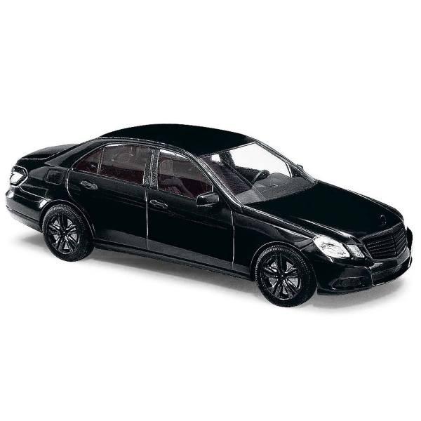 """44212 - Busch -  Mercedes-Benz E-Klasse `09 Limousine """"Black Edition"""""""