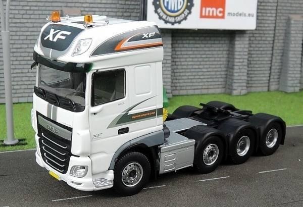 33-0061 - IMC - DAF XF Euro6 SSC 8x4 Zugmaschine - Premium Serie