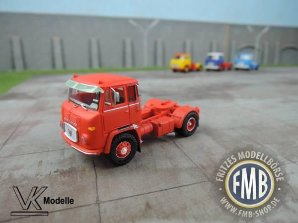 76011 - VK Modelle - Scania LB 7635 Solo-Zugmaschine, rot mit Sonnenblende