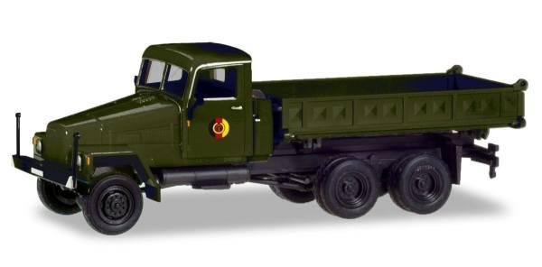 "746571 - Herpa - IFA G5 Allrad-LKW 3-Seiten-Kipper ""NVA"" DDR"