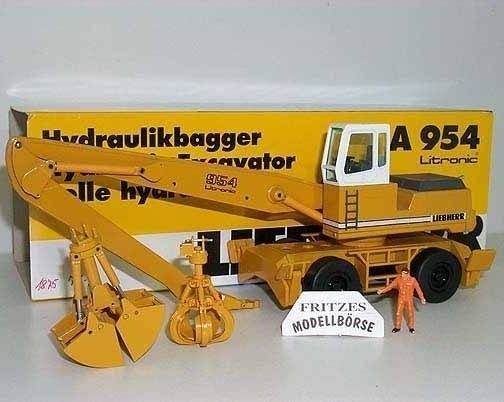 2839/0 - Conrad - Liebherr A954B Umschlagbagger wechselbar