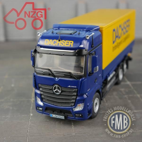 8451/02 - NZG - Mercedes-Benz Actros 6x2 FH25 BiSp WechselKoffer -Dachser-
