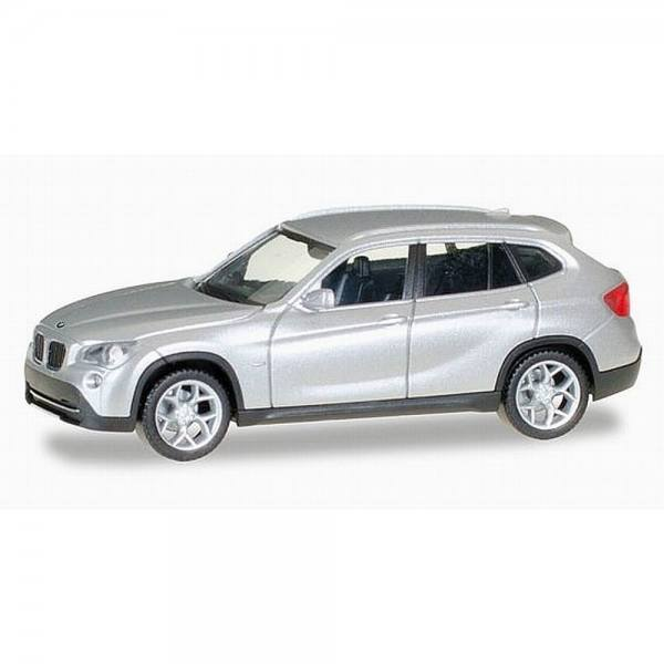 034340-003 - Herpa - BMW X1 (E84), glaciersilber