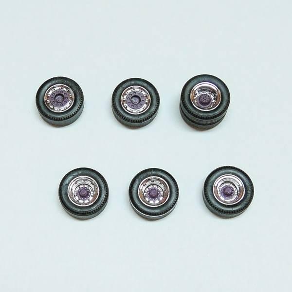 365383 - Herpa - Radsatz-Set für Sattelzug (6x2 Zugmaschine mit 3achs Auflieger), chrom / violett