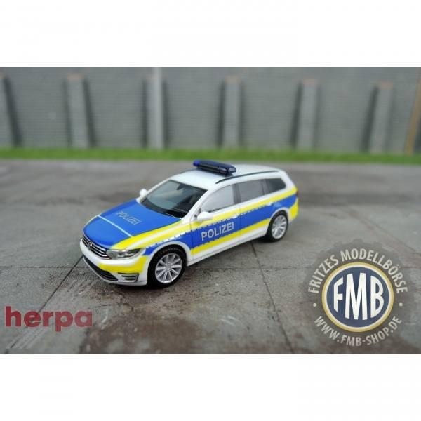 """932691 - Herpa - VW Passat Variant GTE Hybrid Funkstreifenwagen """"Polizei Niedersachsen / Hannover"""""""