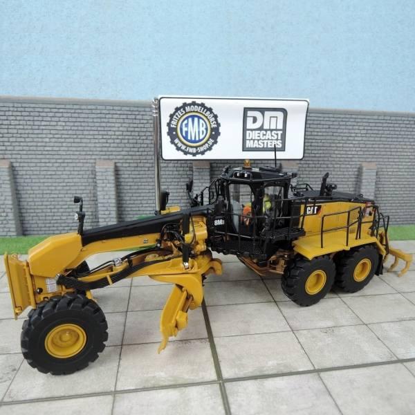 85521 - Diecast Masters - CAT 18M3 Motorgrader