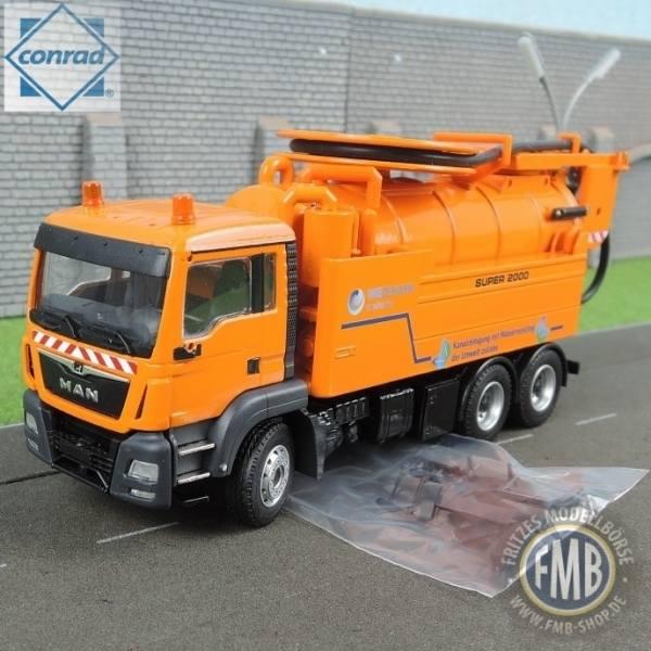 "77154/02 - Conrad - MAN TGS M Euro6 Wiedemann enviro tec Super 2000 Saugfahrzeug ""Kommunal"""