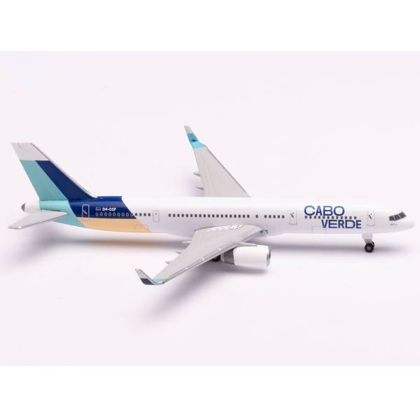 534581 - Herpa Wings - Cabo Verde Airlines Boeing 757-200 - Island of Sal colors -