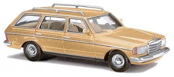 46844 - Busch - Mercedes-Benz T-Modell (S123) , champagner metallic