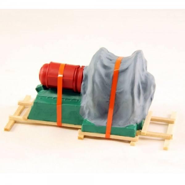 01056 - Bauer - Seilwinde unter Teilplane auf Holzbalken - Länge 110mm