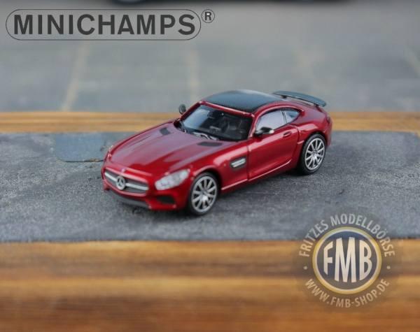037121 - Minichamps - Mercedes-Benz AMG GT-S (2015), rot