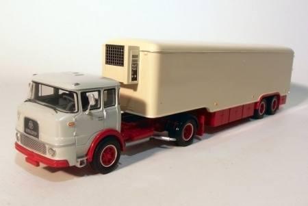 G0006661 - Krupp SF960 mit Kühlauflieger, beige