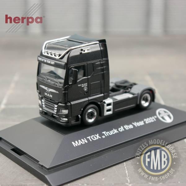 """944328 - Herpa - MAN TGX GX 18.640 Zugmaschine """"Truck of the Year 2021"""" - PC"""