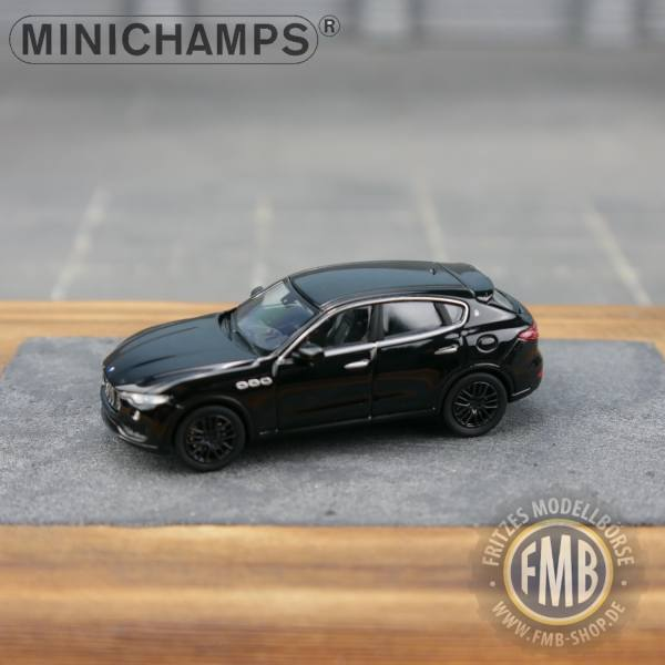 123204 - Minichamps - Maserati Levante (2018), schwarz