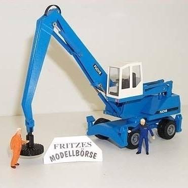 2842/0 - Fuchs 350 Umschlagbagger mit Magnet