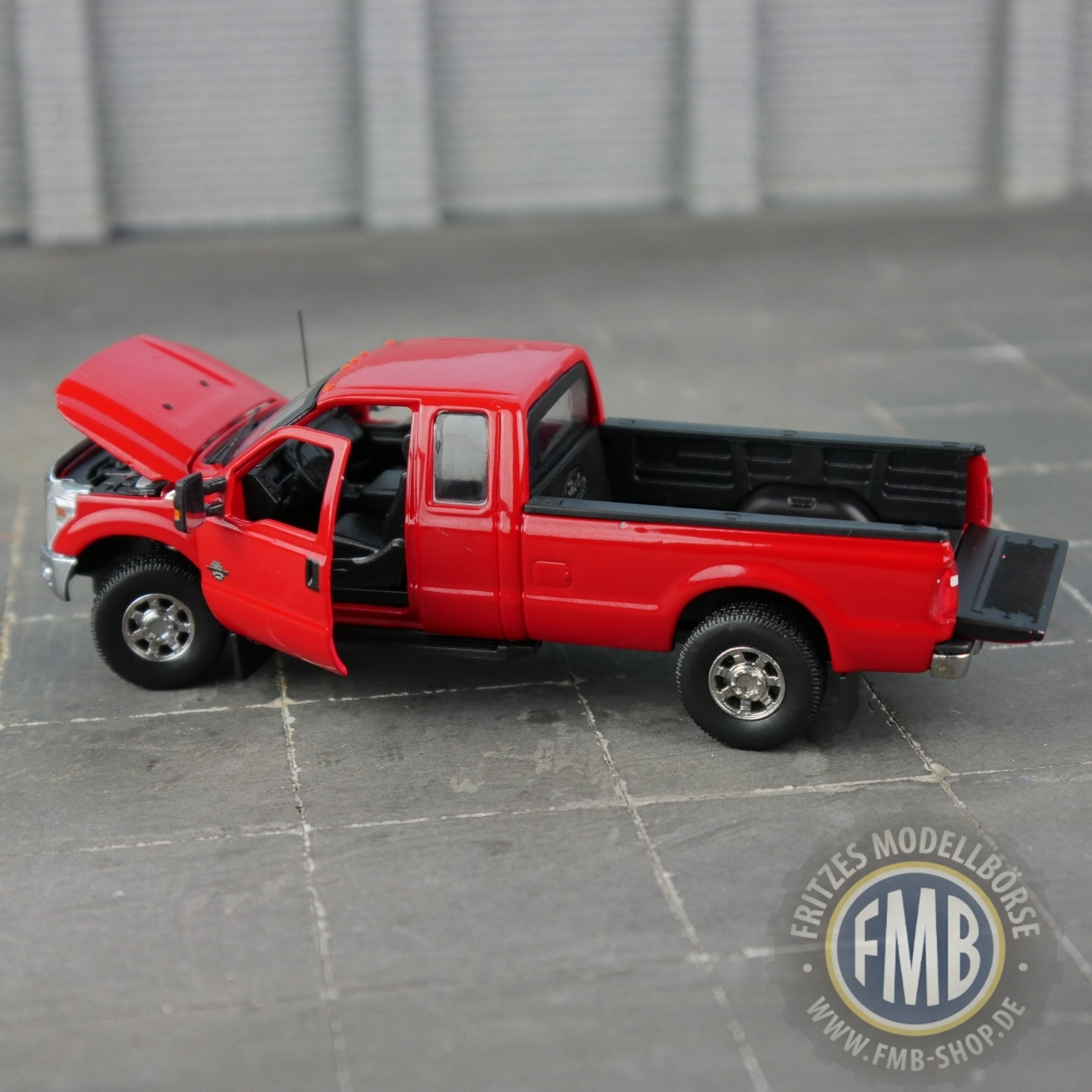 Ford F250 XLT Super cab 8 Bed rot SWORD sw 1100-r 1:50