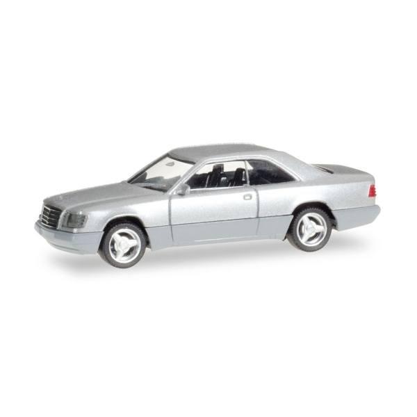 038782 - Herpa - Mercedes-Benz E 320 Coupé mit Brabus-Felgen, silbermetallic