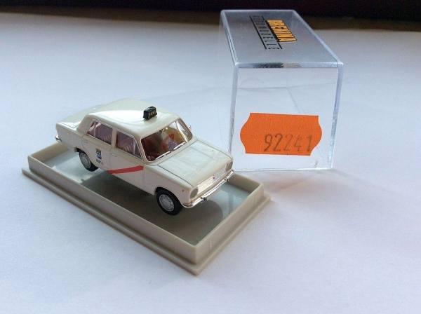"92241 - Brekina - Seat 124 ""Taxi Madrid"""