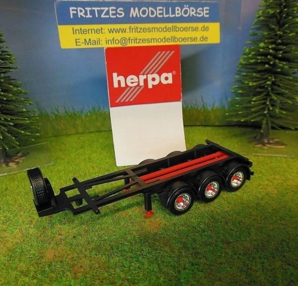 30364 - Herpa - 20ft. 3achs Tank-Container-Auflieger, schwarz/rot