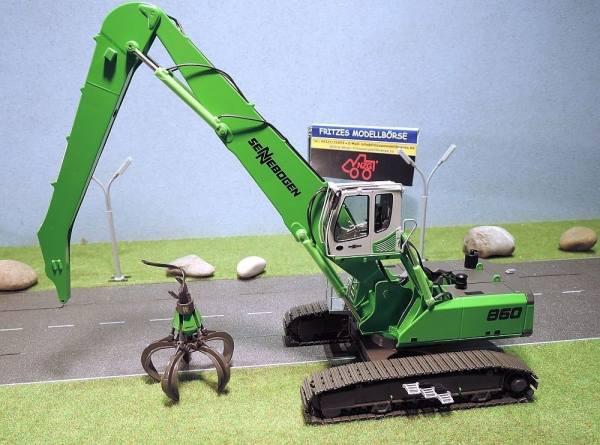 893 - NZG - Sennebogen 860R Raupenbagger mit Polypgreifer