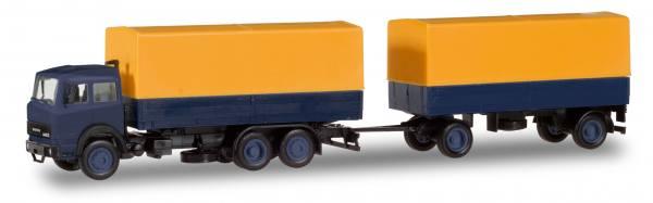 309578 - Herpa Basic - Iveco Magirus Planenhängerzug 3/2achs, blau/gelb