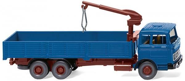 043307 - Wiking - Mercedes-Benz LP 2223 Hochpritschen-LKW mit Ladekran, azurblau