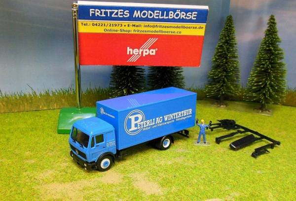913058 - Herpa - Mercedes-Benz NG80 Koffer-Solowagen -Peterli AG- CH