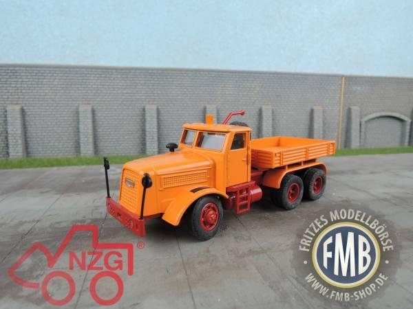 452 - NZG - Kaelble KDV 22 Z 8T Zugmaschine - orange -