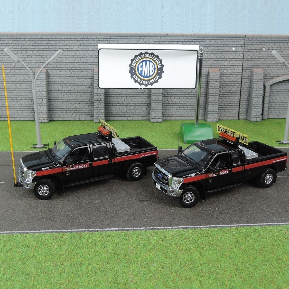 Ford F-250 Pickup 4 Door 1:50 Scale Die-Cast Model Car New in Box Sword Models