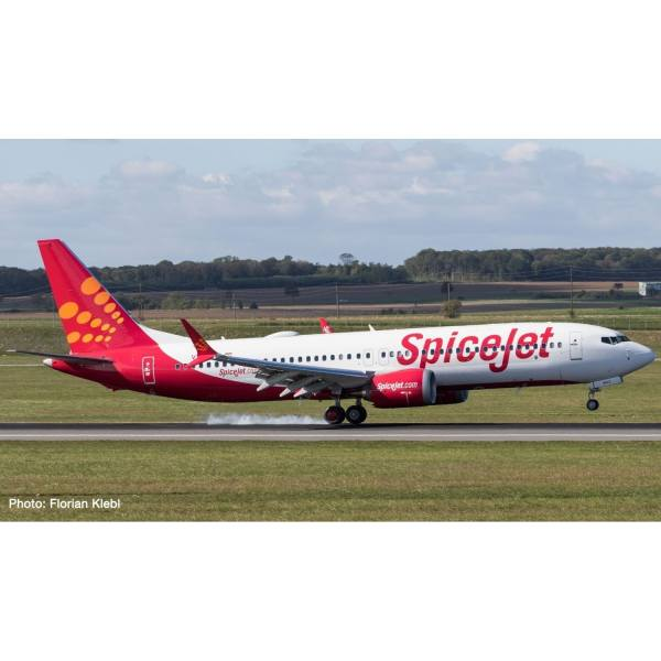 """533638 - Herpa - Spicejet Boeing 737 Max8 """"King Chilli"""""""